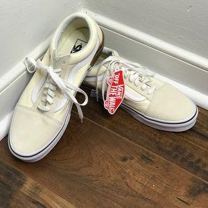 "NWT Vans ""Old Skool"" Gum Block/Classic White Shoes"